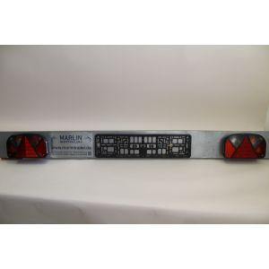 Lichtleisten Beleuchtungträger Leuchtentraverse 1600 mm mit leichter Beschädigung komplett inkl. Mehrkammerleuchte für Bootstrailer / Marlin